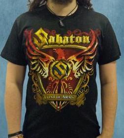Мъжете и техните яки тениски - намерете ги единствено в rockbunkerbg