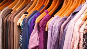 изобилие от дрехи