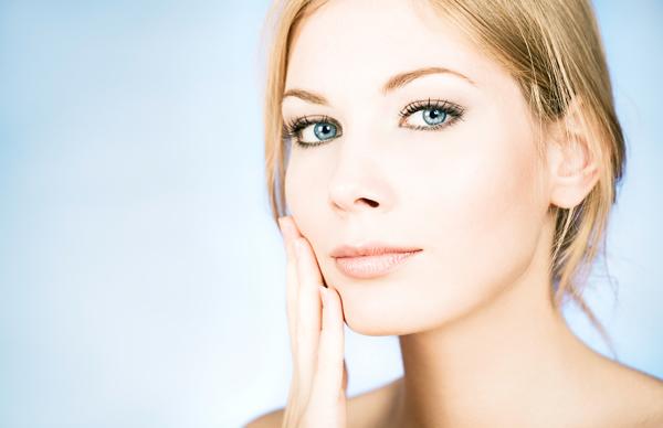 Най-добрата рутинна поддръжка на чувствителна кожа