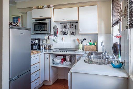 Намерете утеха в домашния уют и си купете нови мебели за кухня!