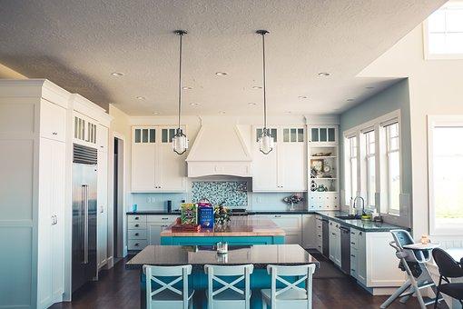 Кои мебели са най-важни за кухнята и откъде да ги купим?